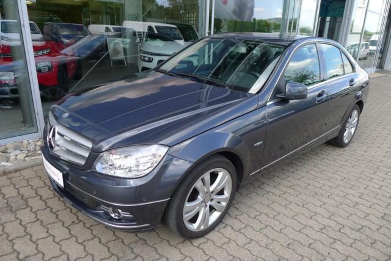 Mercedes Classe C GI BlueEFFICIENCY Avantgarde / Top Zustand