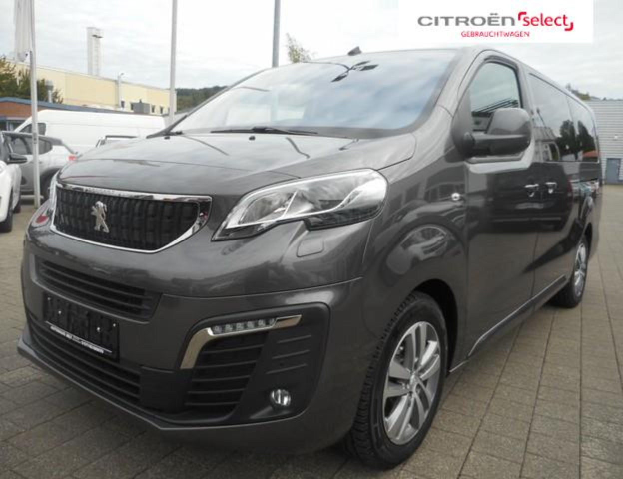 Peugeot Traveller Business L3 BlueHDi 180 EAT8 9-Sitzer