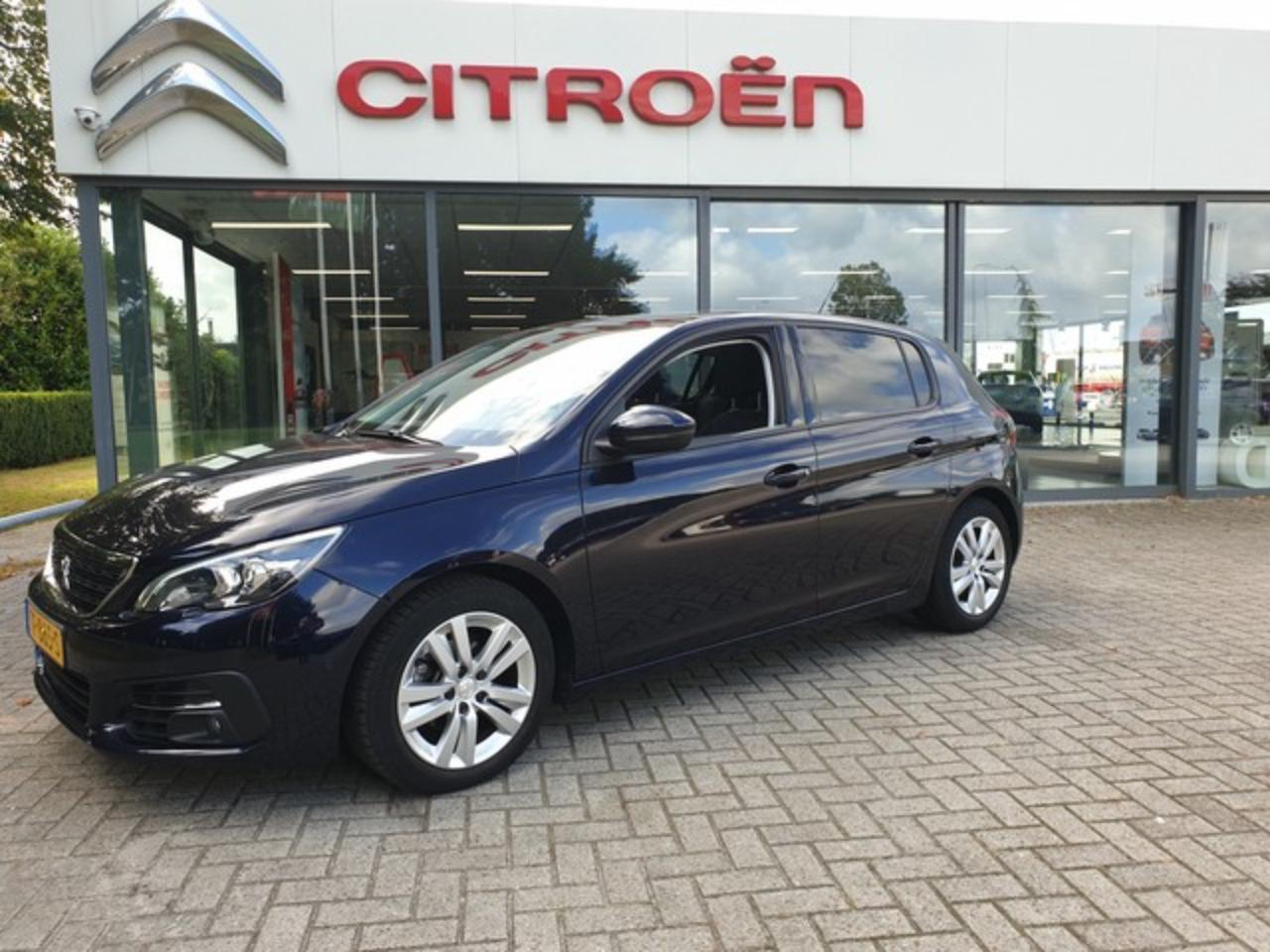Peugeot 308 1.2 PureTech Blue Lease Executive Navigatie | Airc