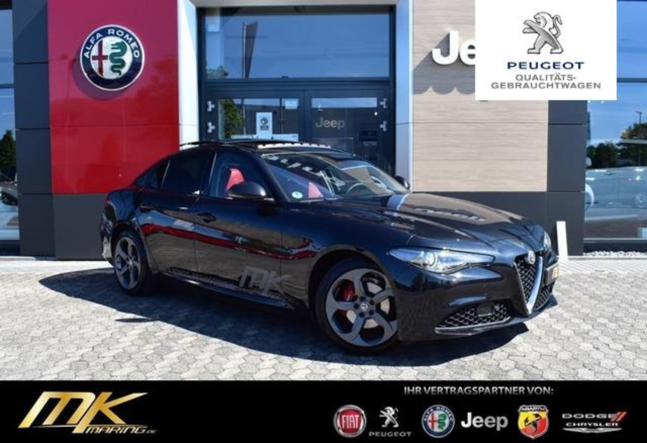 Alfa romeo Giulia Super 2.0 Turbo AT8*PANO*NAV*BI-XEN*TRAUM