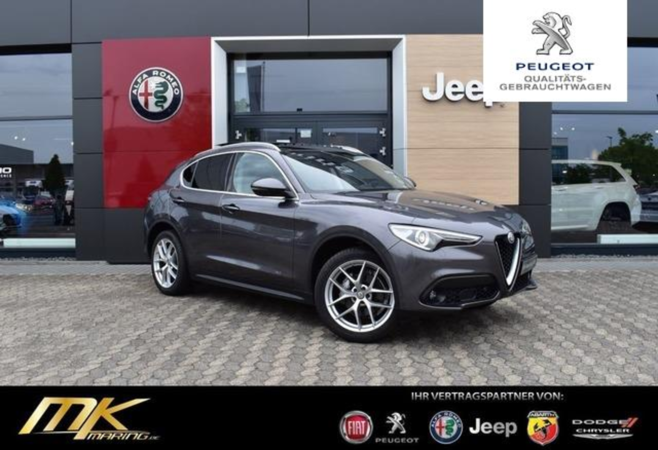 Alfa romeo Stelvio Super 2.2 Q4 AT8*NAVI*PANORAMA*20ZOLL*