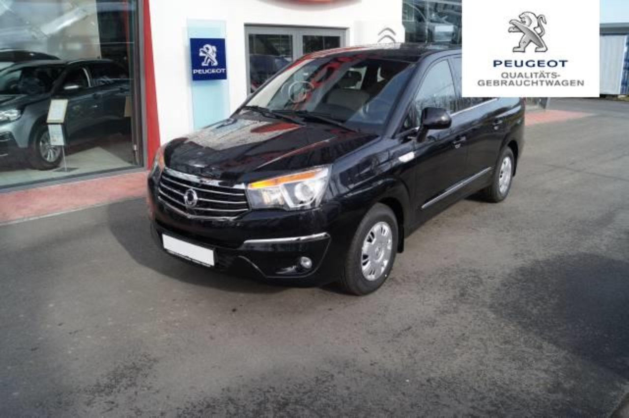 Ssangyong Rodius Crystal Plus 2.2D 6MT 2WD MY17