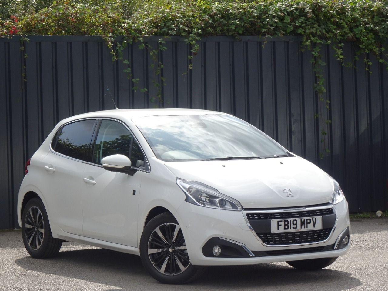 Peugeot 208 1.2 PURETECH 82PS TECH EDITION 5DR START STOP