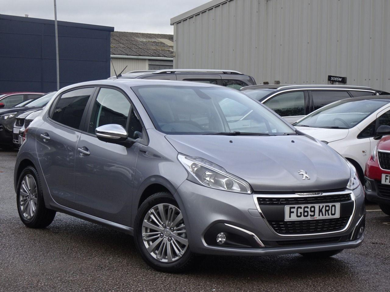 Peugeot 208 1.2 PURETECH 82PS SIGNATURE 5DR START STOP