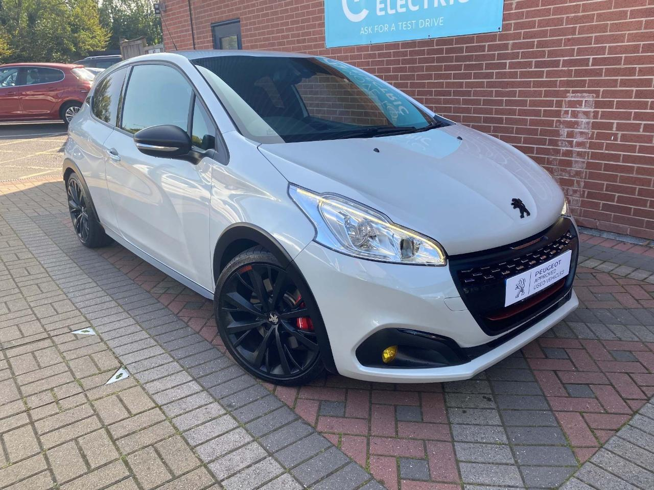 Peugeot 208 1.6 THP GTi by Peugeot Sport (s/s) 3dr