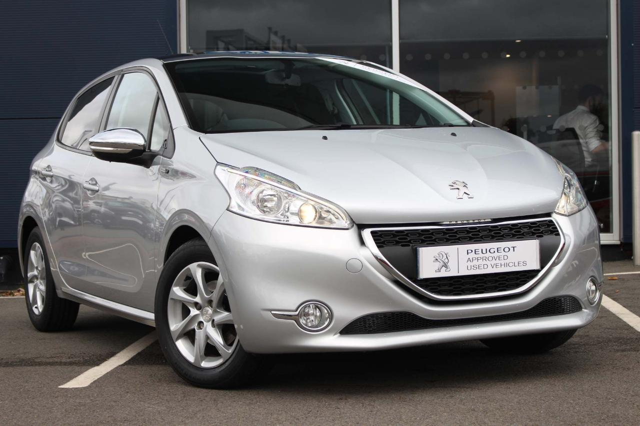 Peugeot 208 1.4 HDi Style 5dr