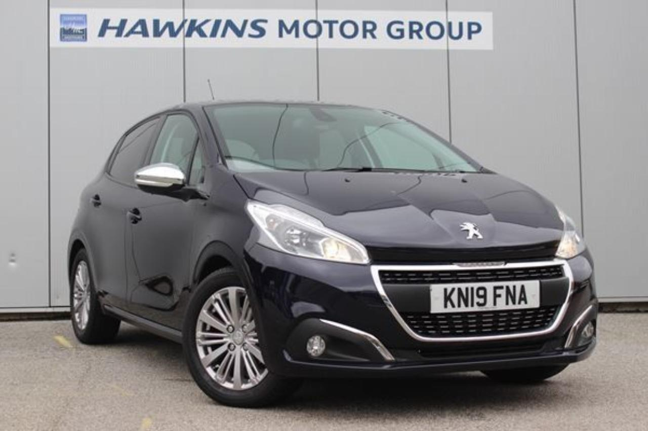Peugeot 208 1.2 PureTech Signature 82 *AUTO LIGHTS & WIPERS!*