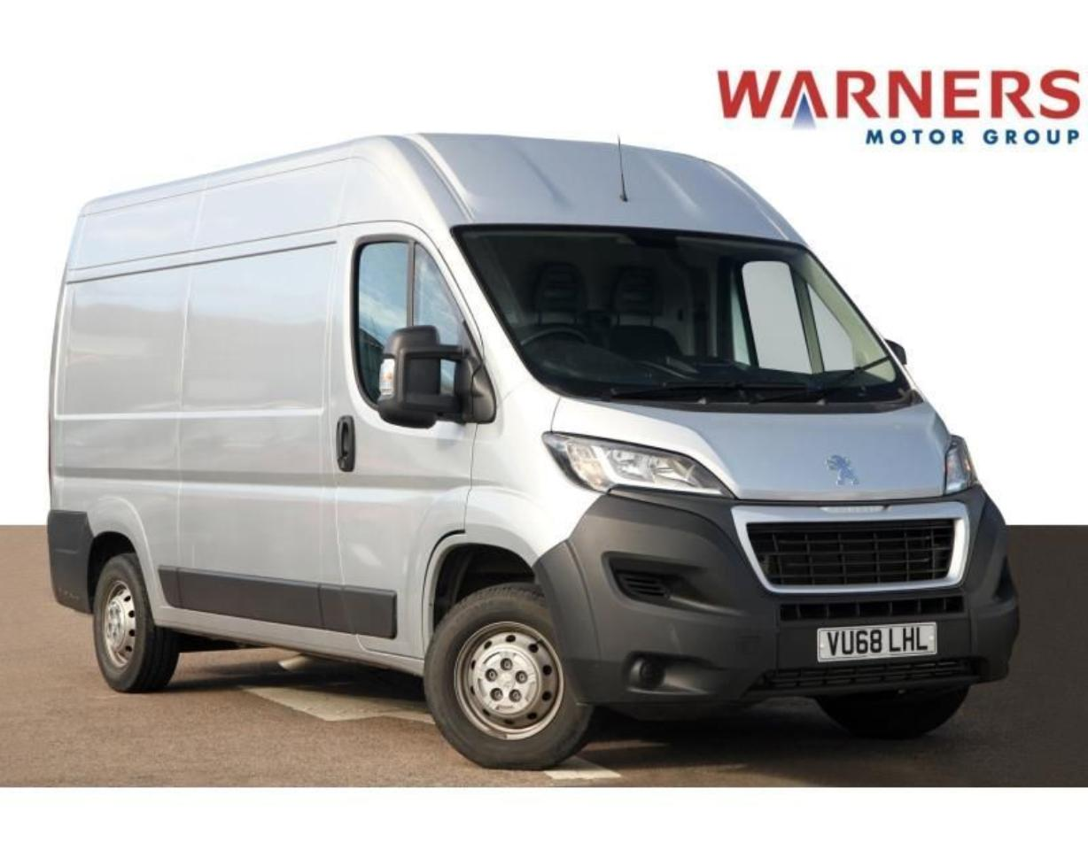 Peugeot Boxer 2.0 BlueHDi H2 Professional Van 130ps with Electri