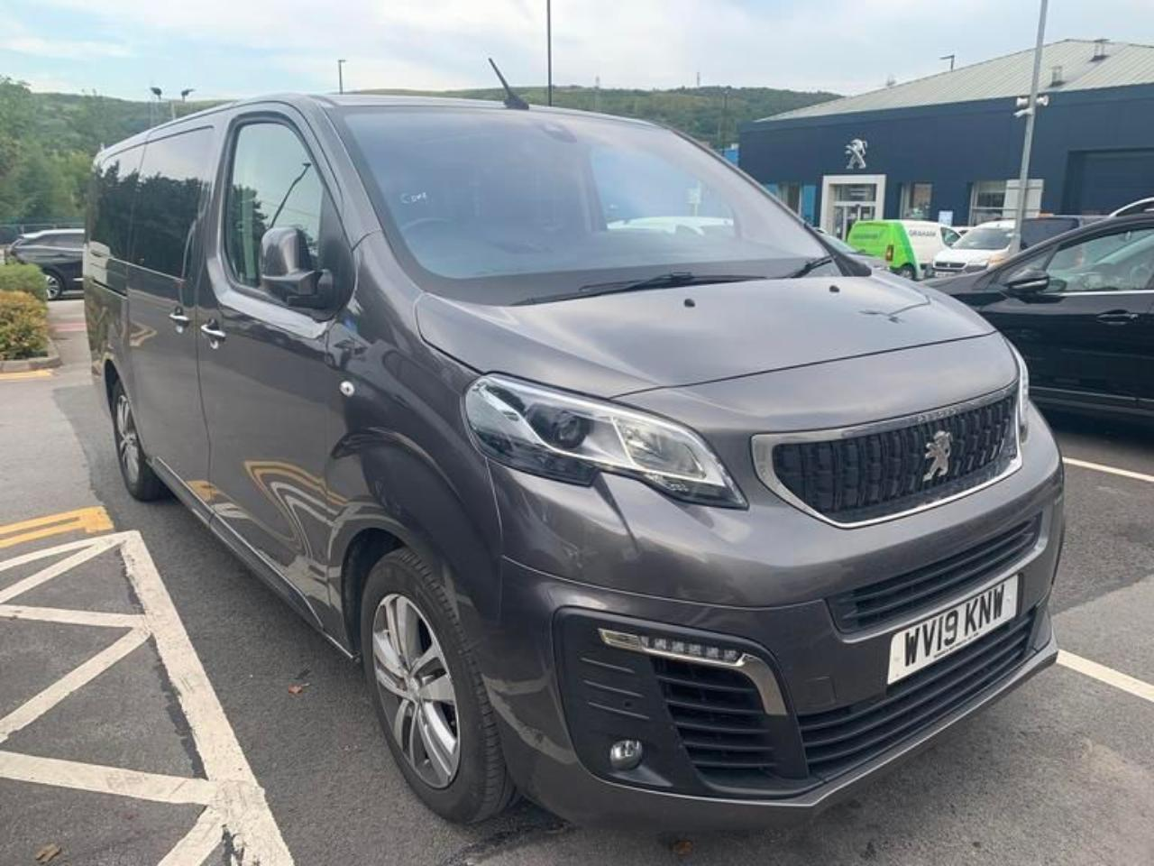Peugeot Traveller 2.0 BlueHDi Allure Long MPV (s/s) 5dr (8 Seat)