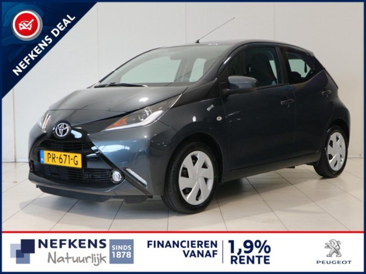 Toyota Aygo 1.0 70 PK AUTOMAAT X-PLAY | AIRCO | ACHTERUITRIJCA