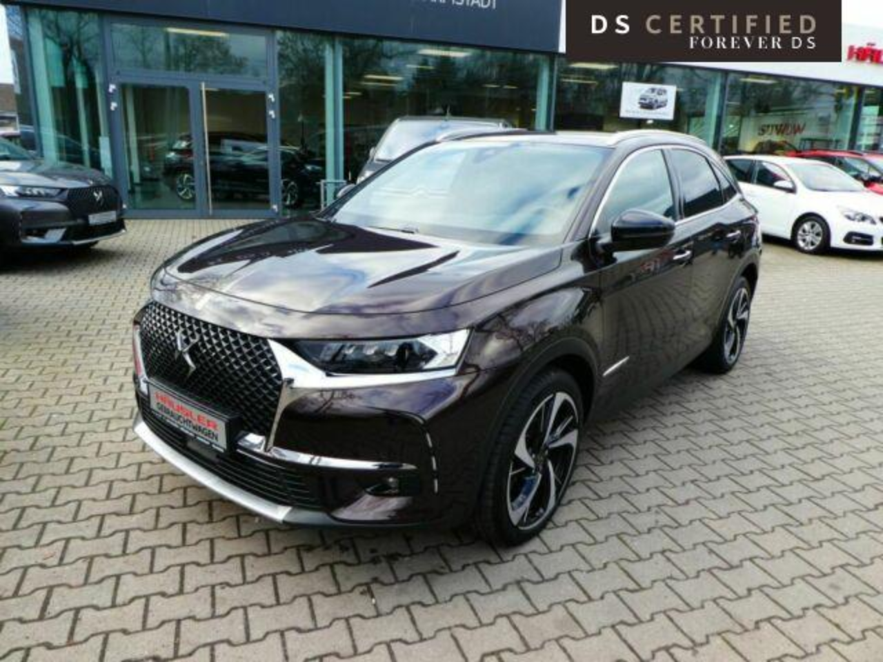 DS-DS-7-CROSSBACK-9587_1.PNG