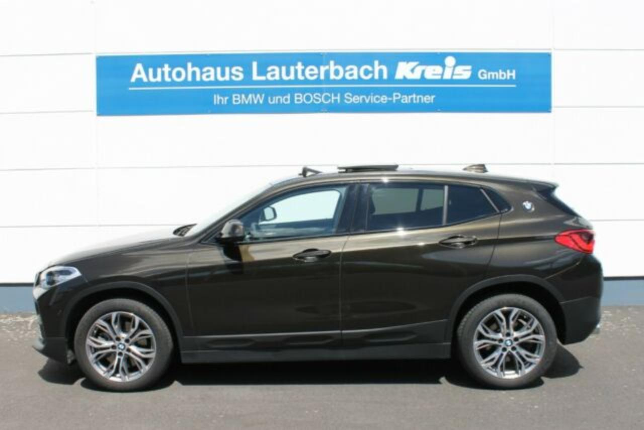 Bmw X2 sDrive 20i, PANO, NAVI PLUS, HEADUP, LED, PDC