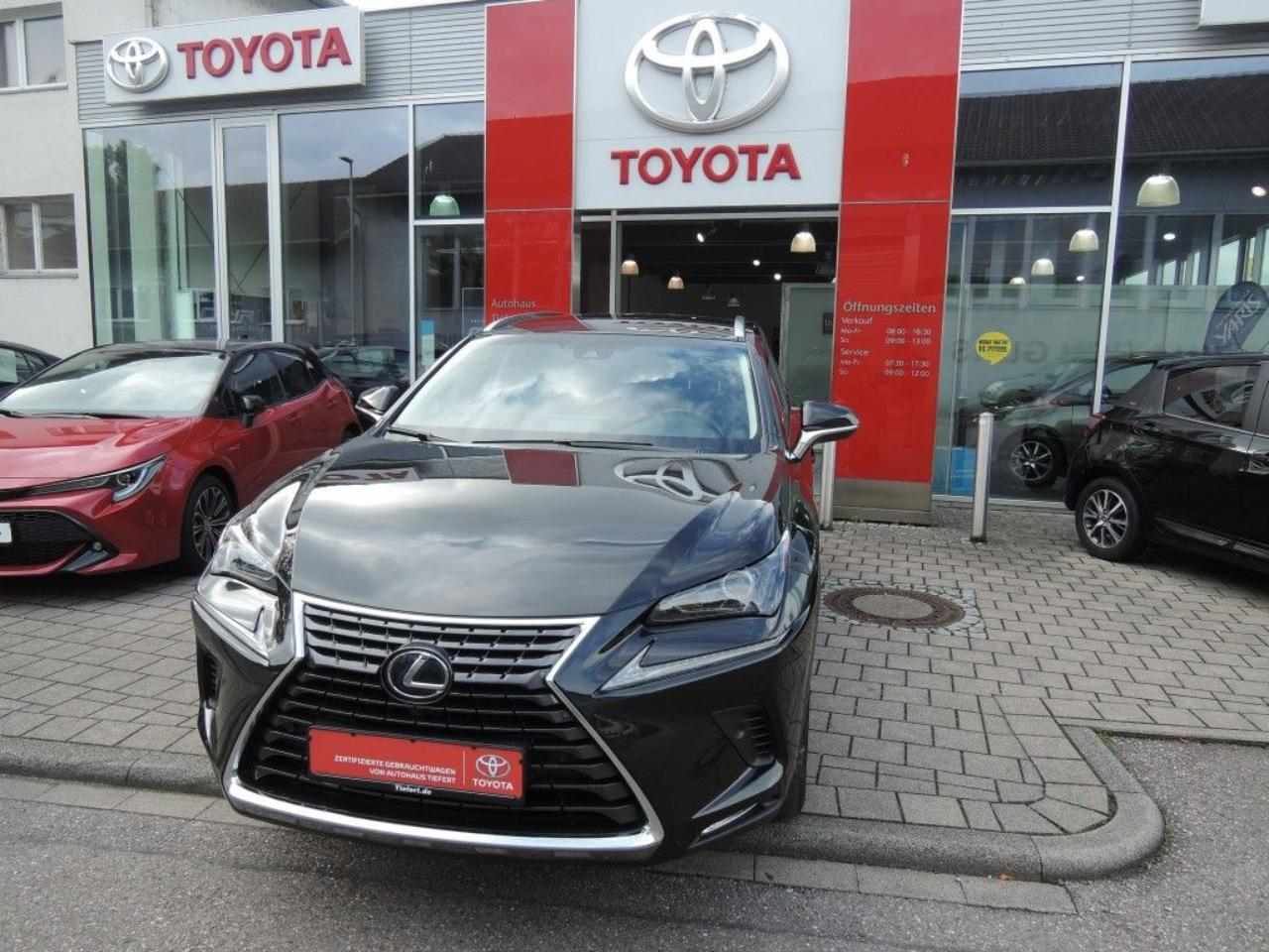 Lexus NX h Business Edition