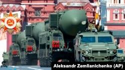 Путін підписав закон про продовження дії Договору про скорочення стратегічних наступальних озброєнь