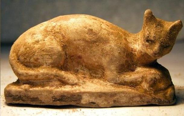 Розкрито загадковий вміст стародавньої мумії кішки