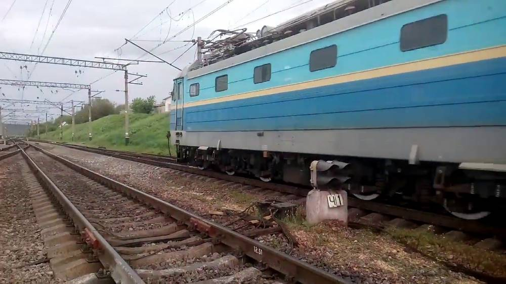 «Укрзализныця» планирует отменить единственный поезд к Энергодару