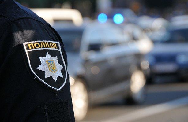 В Виннице патрульные поймали пьяного полицейского за рулем