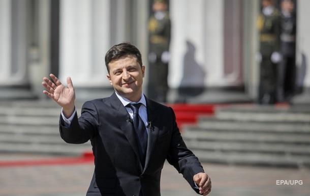 Зеленський про свої дзвінки Путіну: Корона не спаде