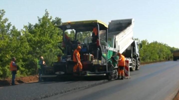 Автотрасу Запоріжжя-Маріуполь планують відремонтувати до кінця жовтня