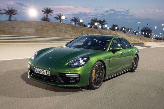 Porsche отзывает в Украине более 1300 автомобилей - related