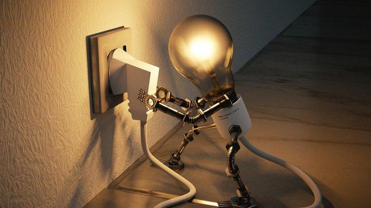 """С 1 декабря цена на электроэнергию """"взлетит"""": кто будет переплачивать"""