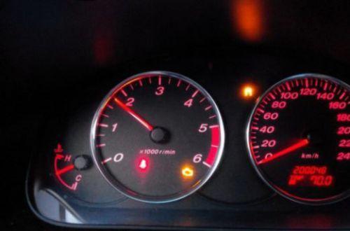 Смерть для двигателя: почему нежелательно ездить на низких оборотах