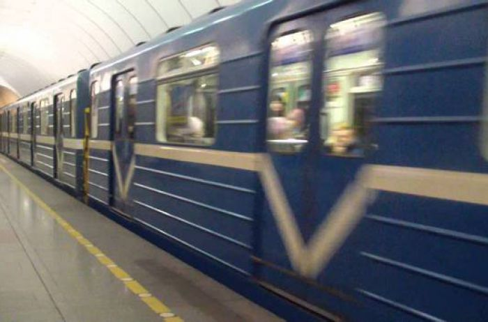 """Станция-консерва и """"желтая"""" ветка: шестнадцать тайн киевского метро"""