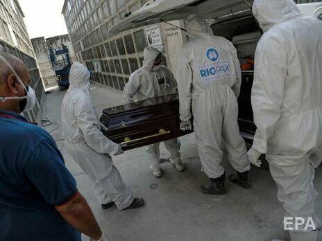 В мире число жертв COVID-19 превысило отметку в 3 млн