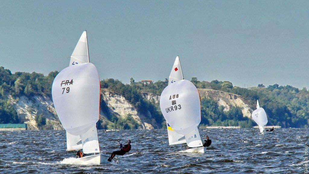 Запорізькі яхтсмени взяли участь у чемпіонаті України