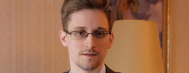 Эдвард Сноуден продал за $5,5 млн свой NFT-токен