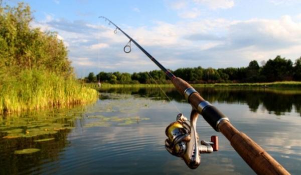 Коли у липні не варто вирушати на риболовлю: календар рибалки - related