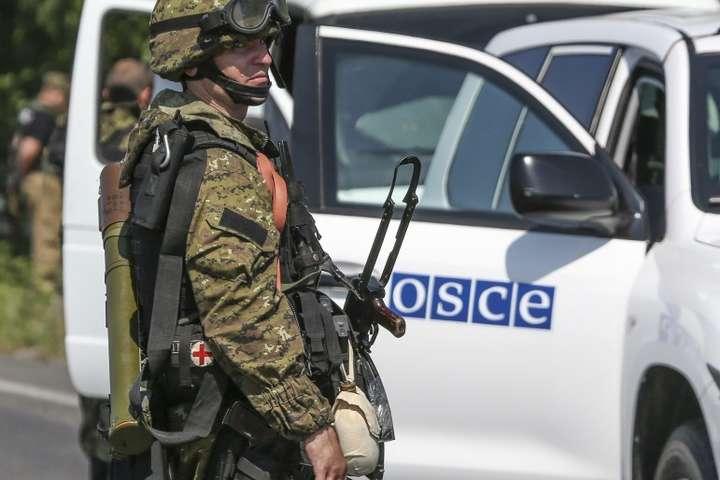 На Донбасі окупанти вчергове заборонили проїзд патрулям ОБСЄ