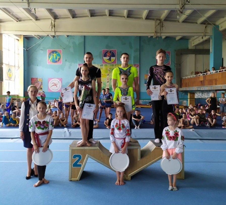Одесские акробаты завоевали медали чемпионата Украины - 123Тест