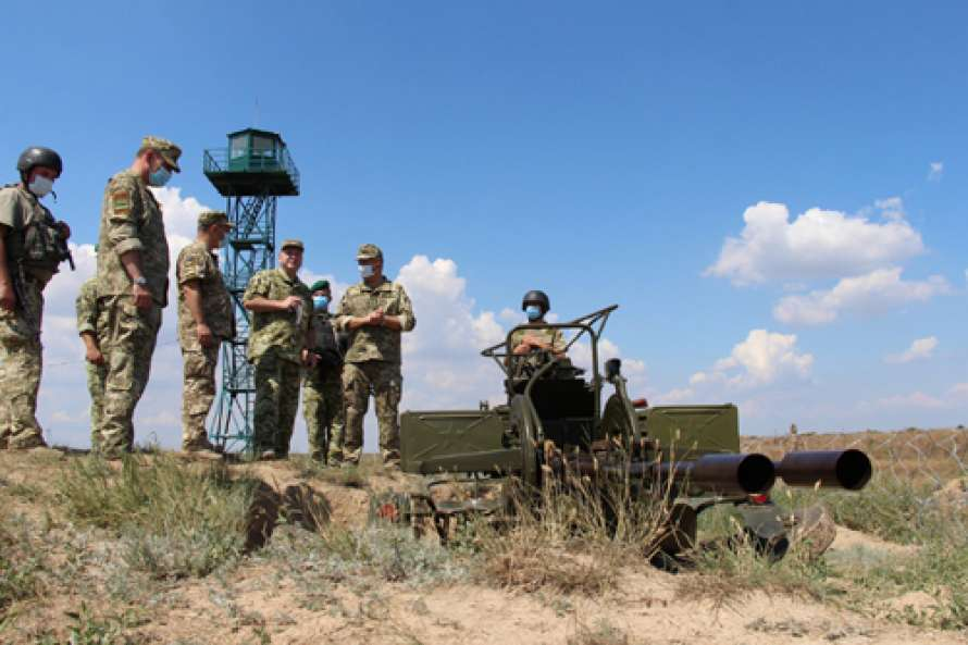 Председатель Госпогранслужбы проверил работу КПВВ на админгранице с оккупированным Крымом