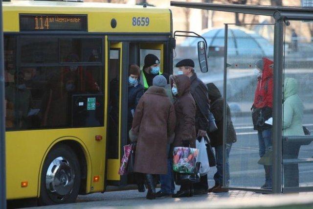 С сегодняшнего дня украинцев начинают штрафовать за отсутствие маски