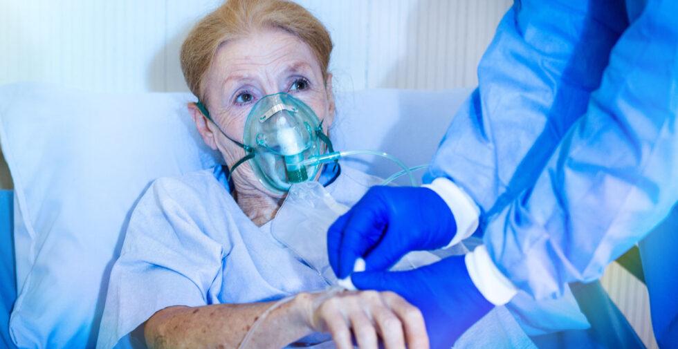 """""""У четвертій лікарні місць немає"""": ситуація із поширенням COVID-19 у Сумах погіршується"""