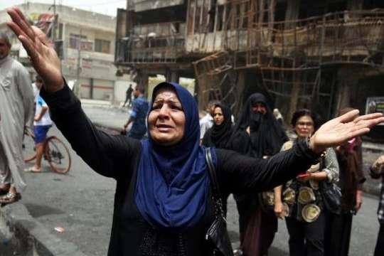 Внаслідок вибуху авто в Іраку, загинуло щонайменше 12 осіб