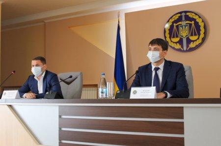 Заступник Генпрокурора представив нового керівника Закарпатської обласної прокуратури – Дмитра Казака
