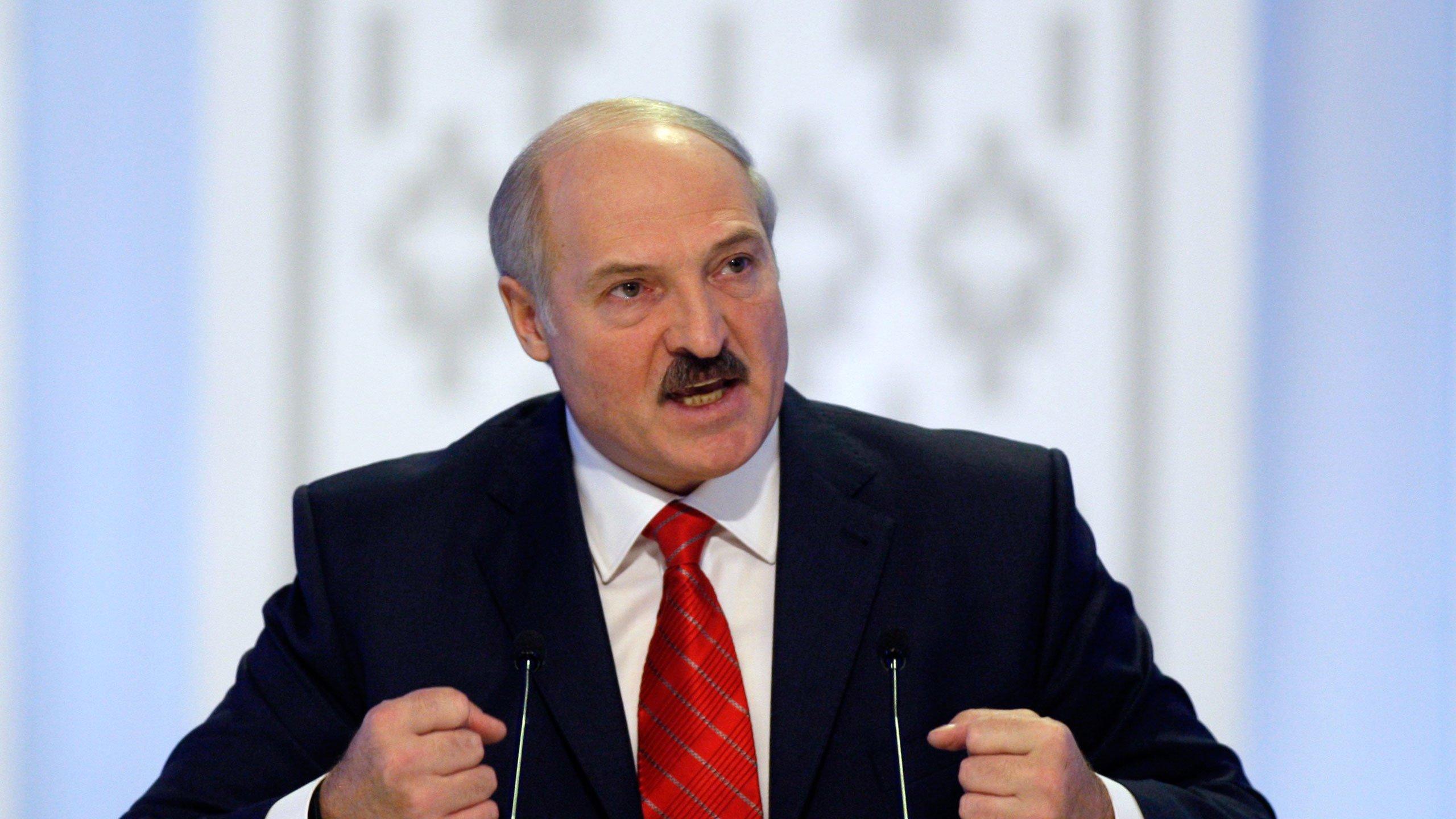 Лукашенко отправился в Сочи на переговоры с Путиным