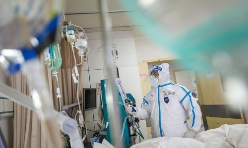На Тернопільщині збирають кошти на реабілітацію жінки, яка через COVID-19 три місяці не може самостійно дихати