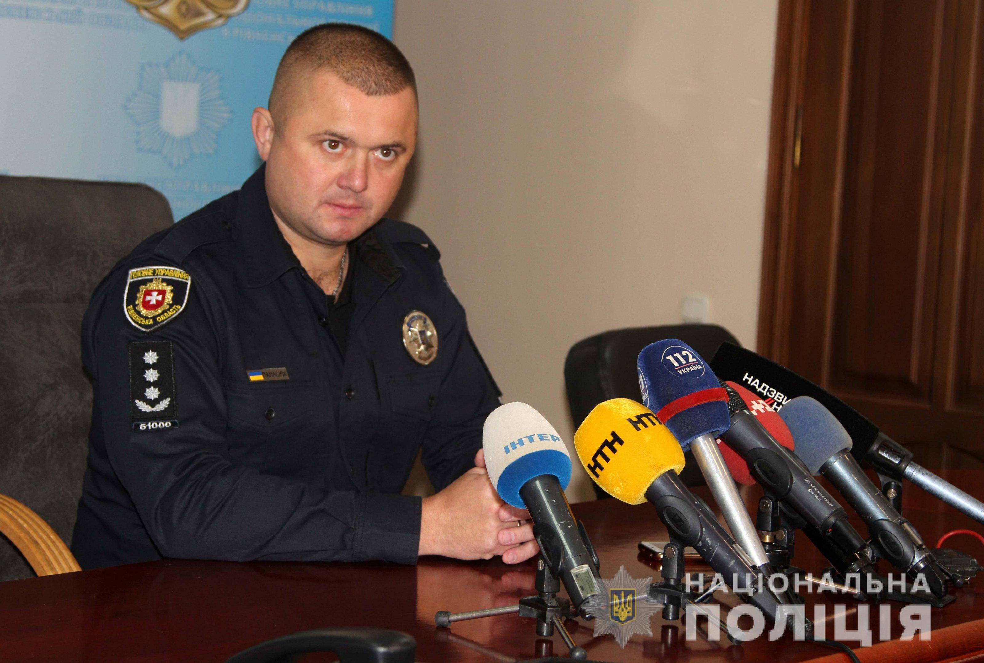 По предварительным данным, полицейский покончил жизнь самоубийством