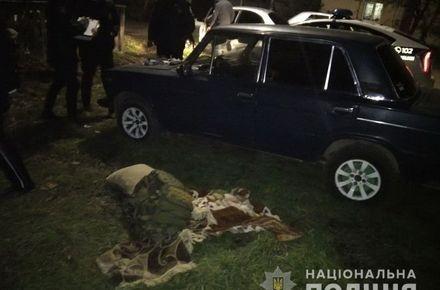 Уночі в Житомирі власник ВАЗу зловив злодія, який нишпорив у його авто: 32-річний крадій менш як місяць тому вийшов із в'язниці