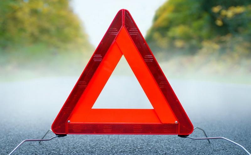На Прикарпатті авто наїхало на пішохода, чоловік помер на місці