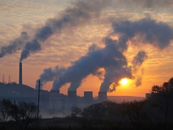Названо райони Києва з найбільш забрудненим повітрям цього літа