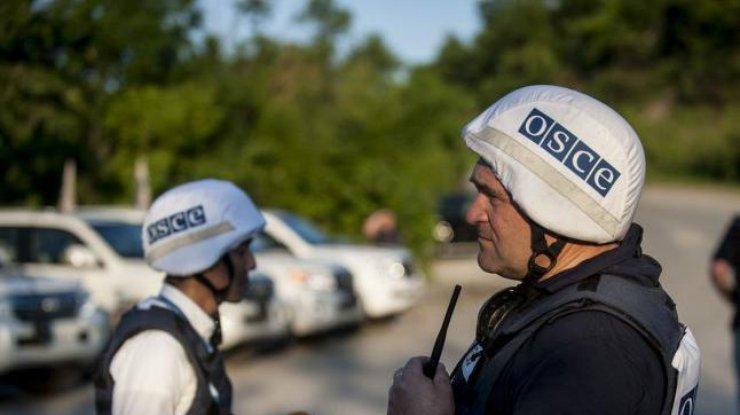 Перемирие на Донбассе: ОБСЕ зафиксировали 225 нарушений [ Редактировать ]
