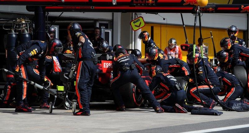 Формула-1 установила мировой рекорд посмене колёс
