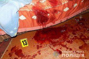 На Тернопільщині чоловік вбив дружину, а тоді перерізав собі горло