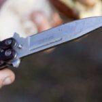 Водитель с ножом бросался на людей из-за замечания: жуткое видео из Днепра