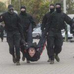 Правозащитники насчитали минимум 340 задержанных в 50-й день протестов в Беларуси