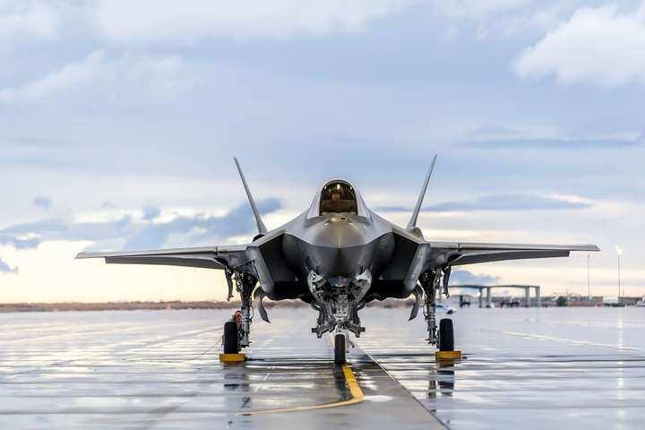 Трамп за годину до інавгурації Байдена продав Еміратам пів сотні винищувачів F-35
